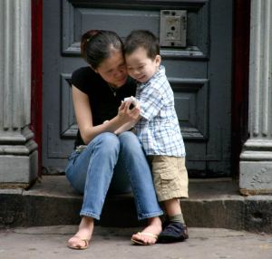 phone-mother-son
